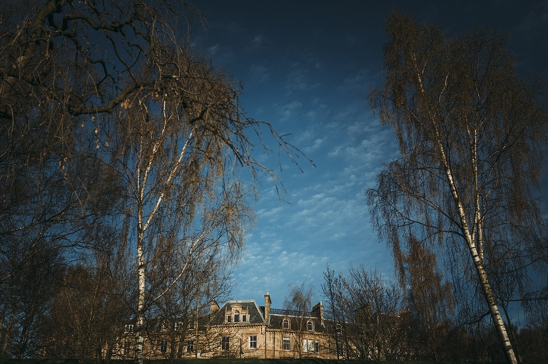 west-end-glasgow-engagement-glasgow-uni-golden-hour-kelvingrove